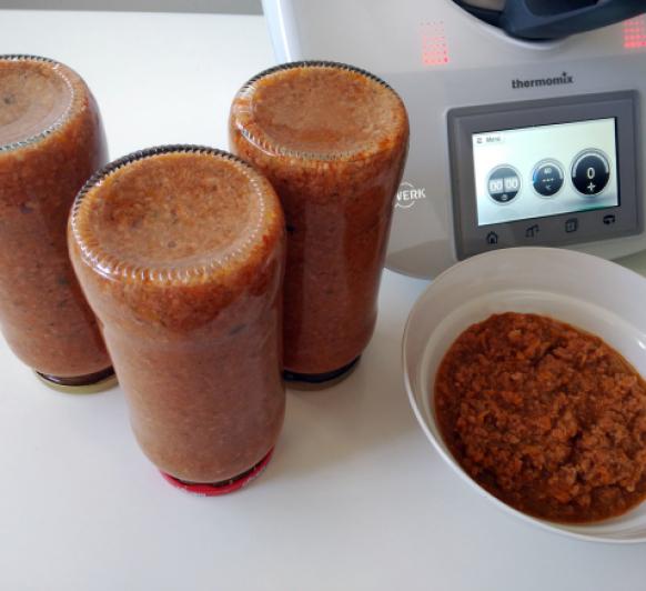 Salsa boloñesa ligera receta Thermomix®